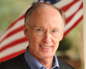 Governor-Robert-Bentley-is-against-the-secession-petitions